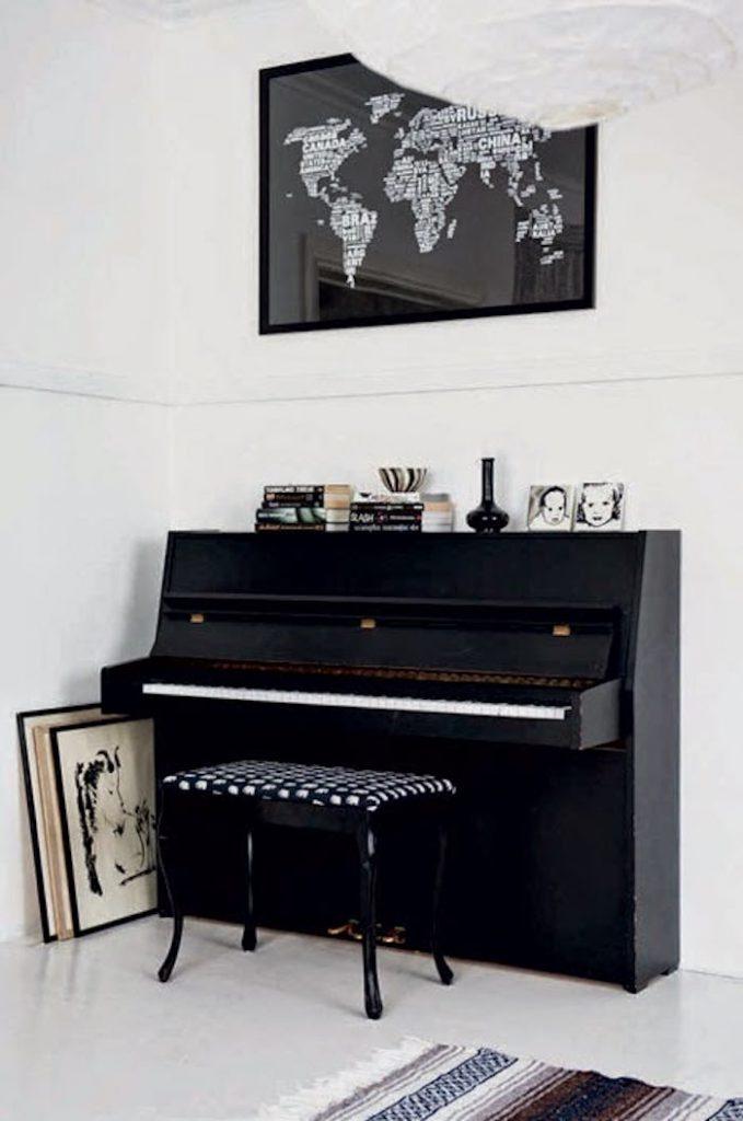 maison noir et blanc piano