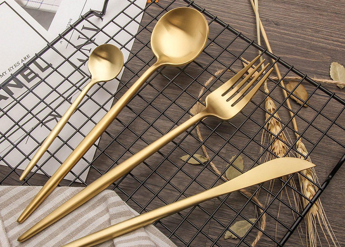 couverts dorés laiton table noel deco or