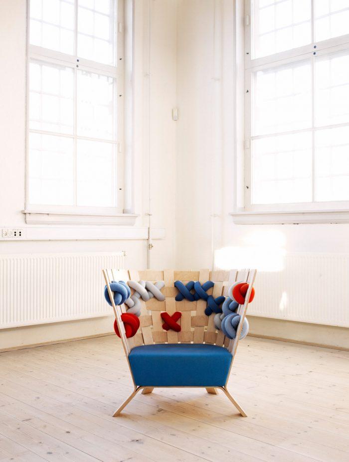 x me Ellinor Ericsson déco point de croix fauteuil canape bois