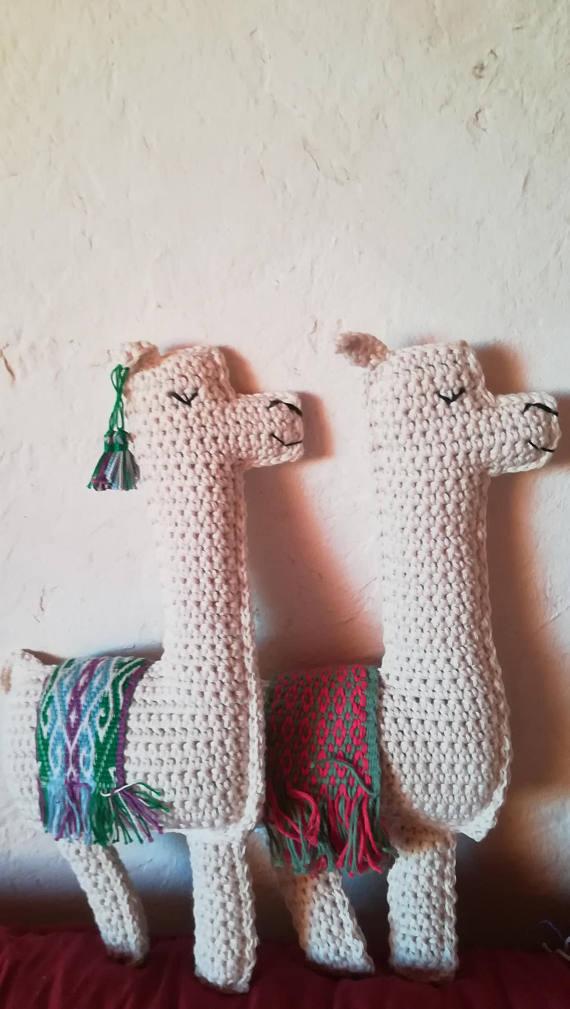 tricot déco lama peluche tradiontionnelle souvenir argentine