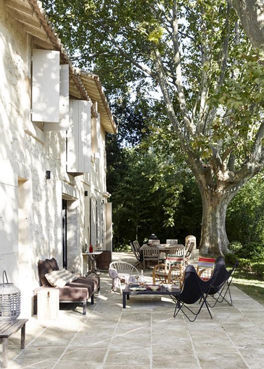 visite deco maison provençale ancienne ferme terrasse mas olivier