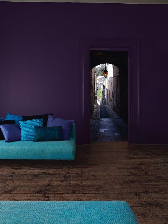 pantone 2018 ultra violet mur peinture salon bleu turquoise paon
