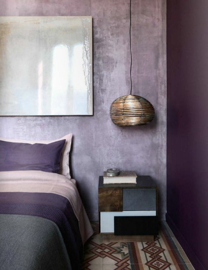 pantone 2018 ultra violet chambre grise cosy lampe rotin