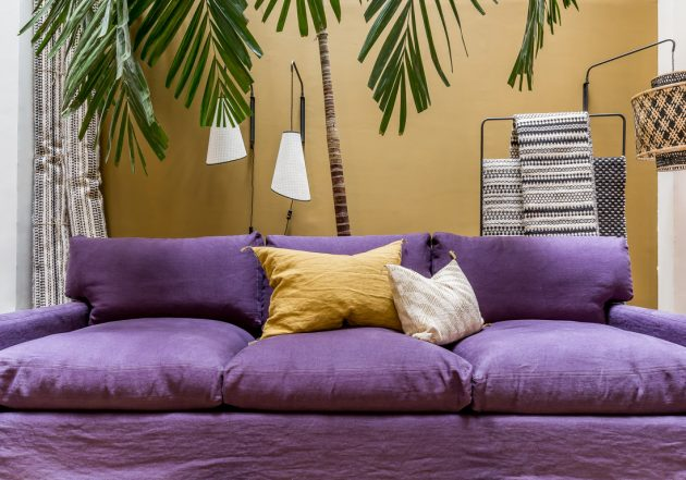 pantone 2018 ultra violet canape lin mur jaune moutarde or ocre