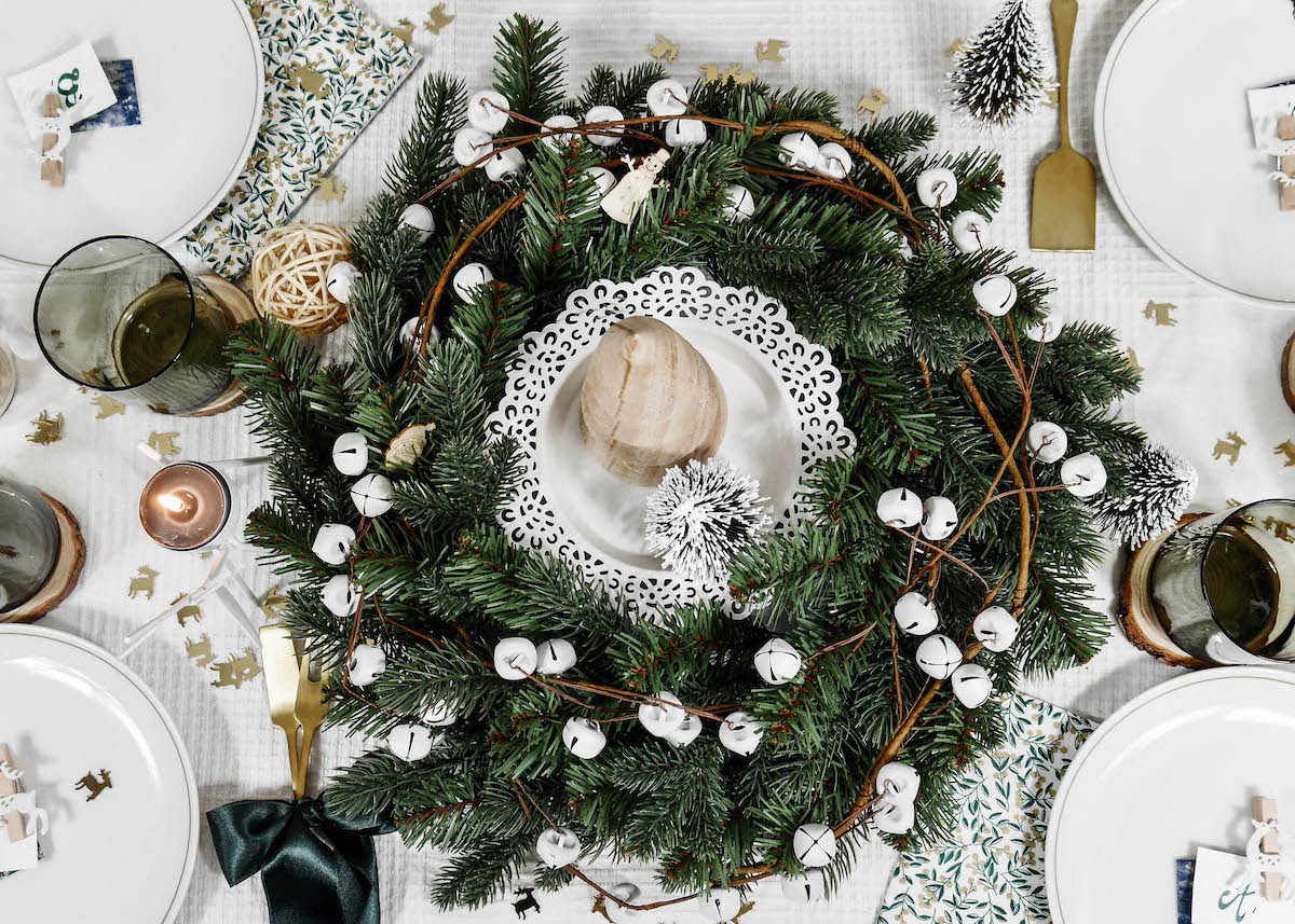 jolie table de noel nature sapin flat lay