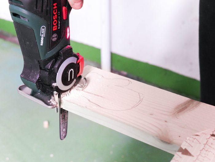 Déco de Noël diy en bois clem around the corner découpe scie easy cut bosch