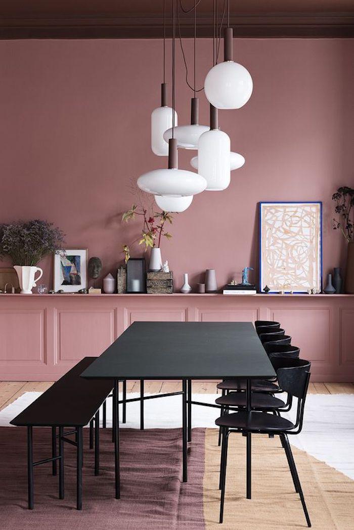 maisonobjet paris 2018 blush rose tendances deco lustre design blanc table noir chaises noires tableaux