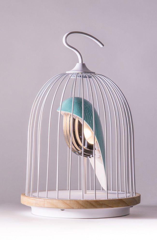 lampe voliere oiseau bleu Jingoo Daqiconcept enceinte sans fil