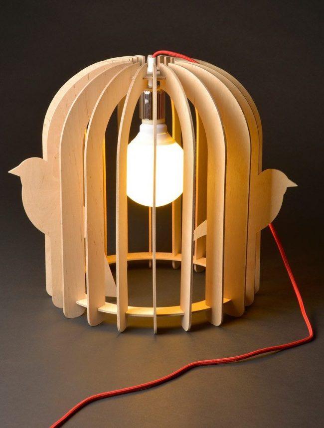 lampe voliere cage oiseaux pas chere en bois table de nuit