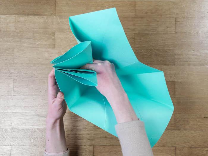faire soi même sa décoration de Noël pour les fête tutoriel gratuit origami - clem around the corner