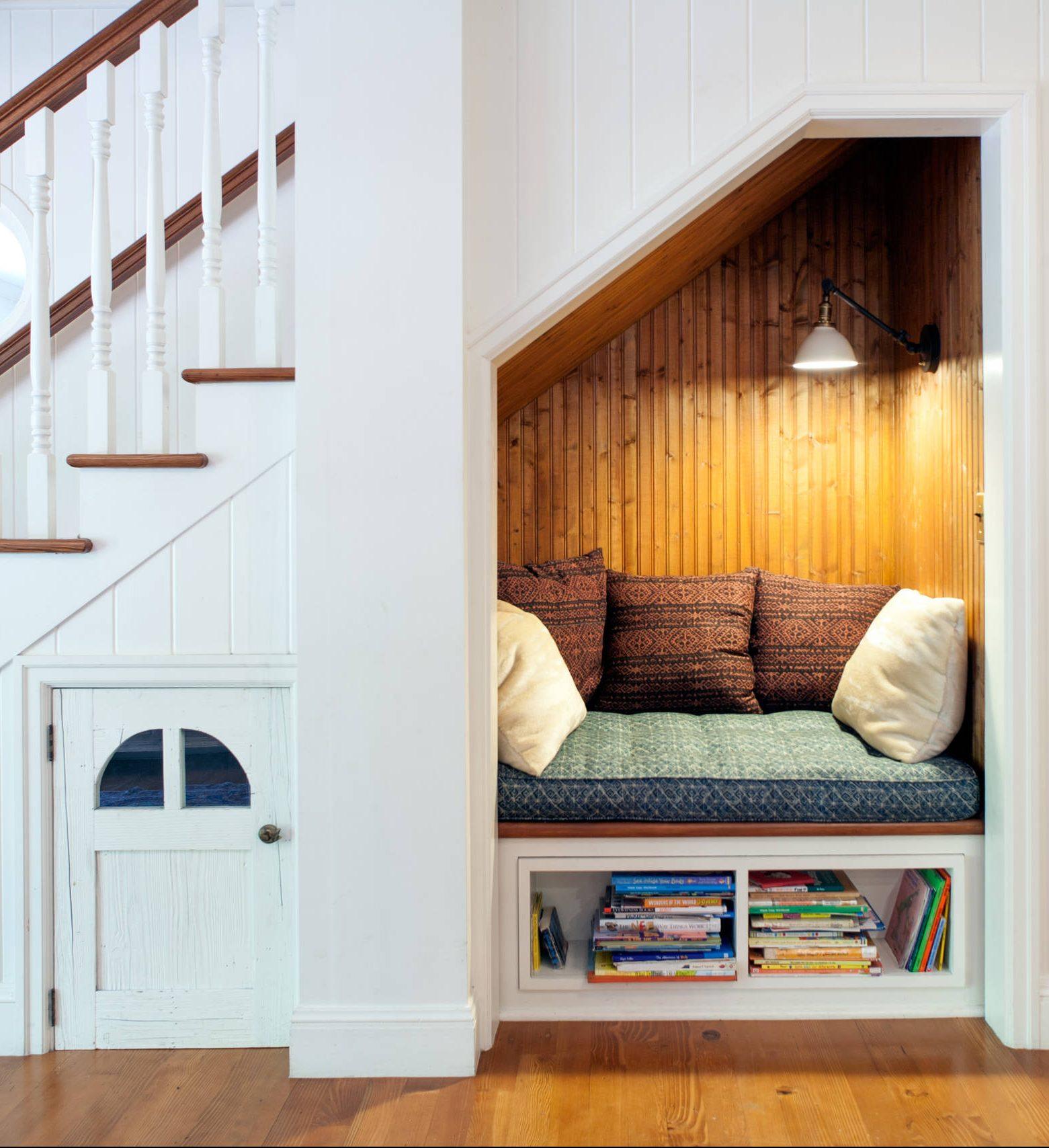 20 astuces pour aménager un dessous d'escalier - clematc