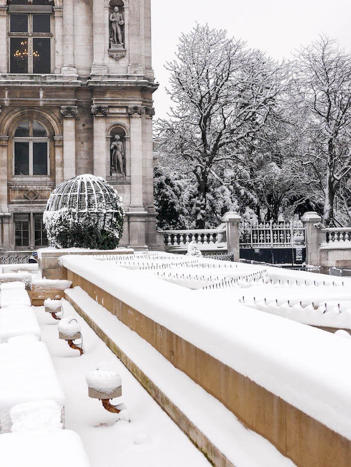paris sous la neige photo video hotel de ville