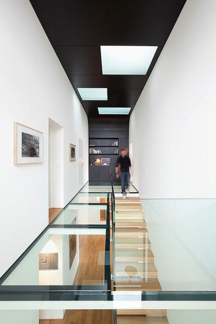 plafond noir couloir noir blanc loft sol en verre architecture blog deco
