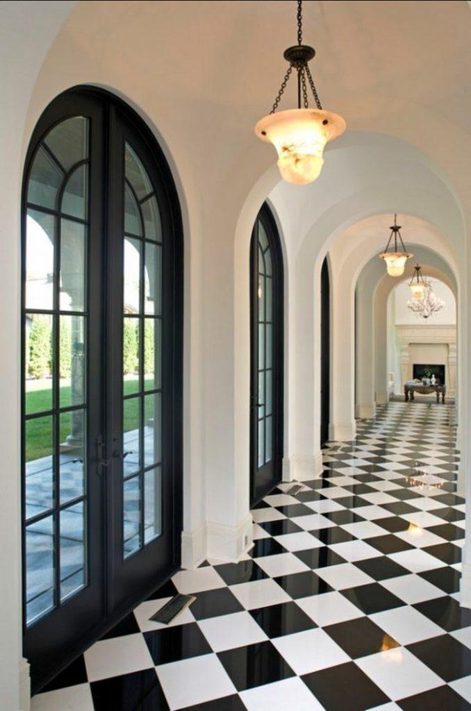carrelage damier couloir noir et blanc brillant blog déco clem around the corner