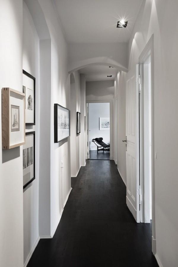 couloir noir et blanc parquet noirci peinture blog deco