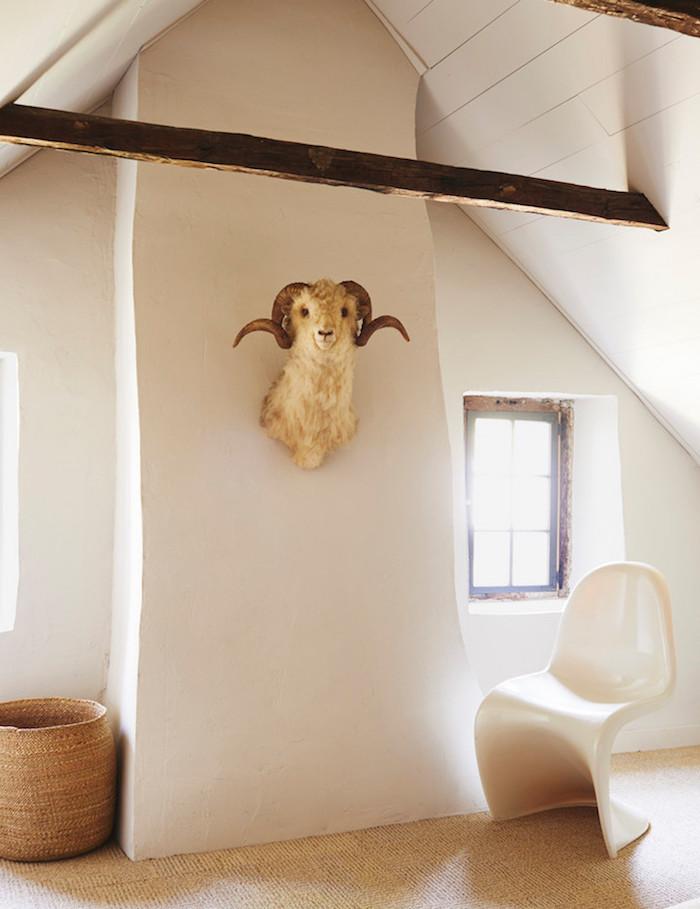 ancienne ferme rénovée fauteuil chaise panton blog decoration interieure