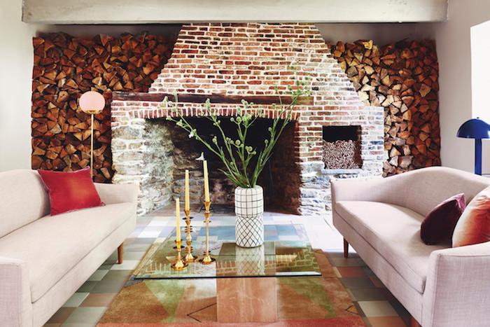 ancienne ferme rénovée cheminee brique salon style scandinave