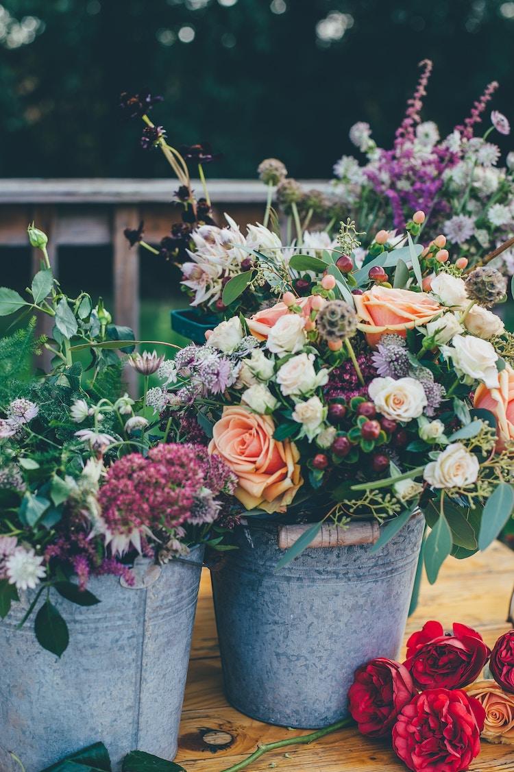 comment composer un bouquet de fleurs technique de la vrille
