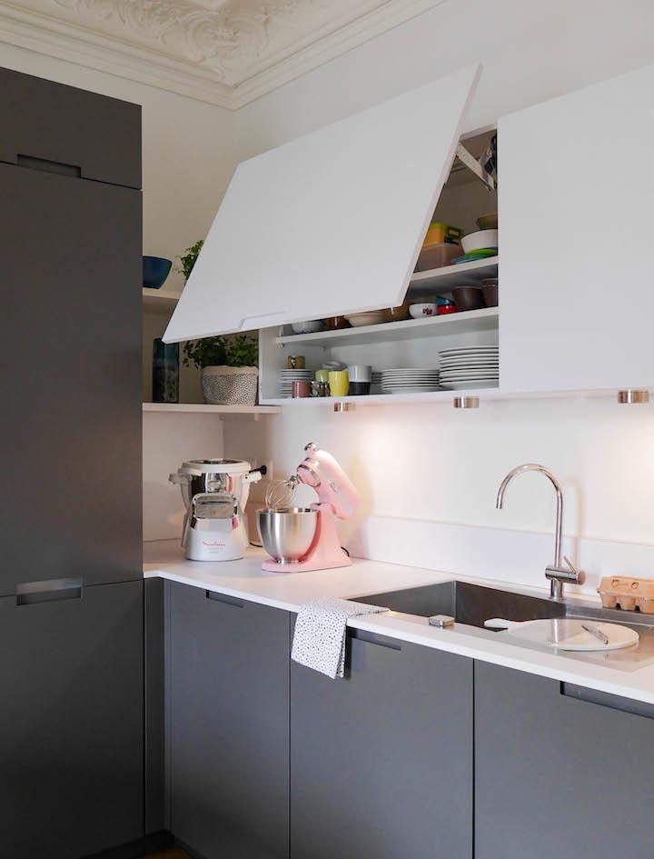 cuisine grise et blanche kitchen aid rose design