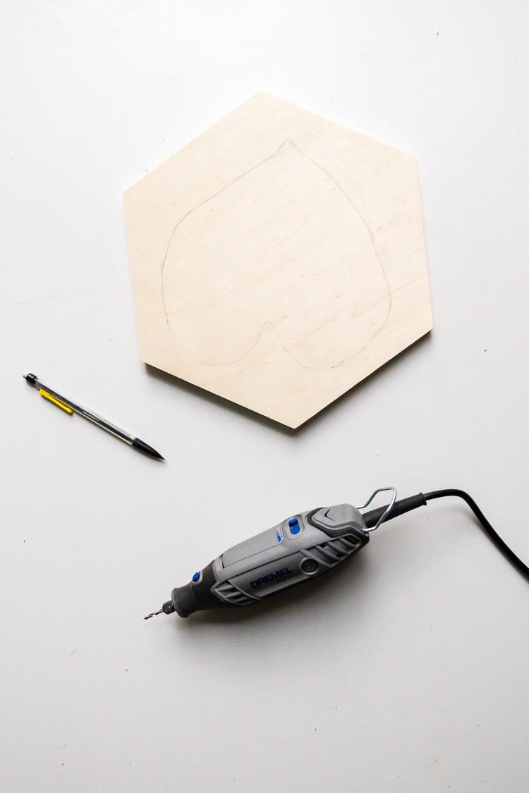 comment dessiner feuille monstera dessous de plat original