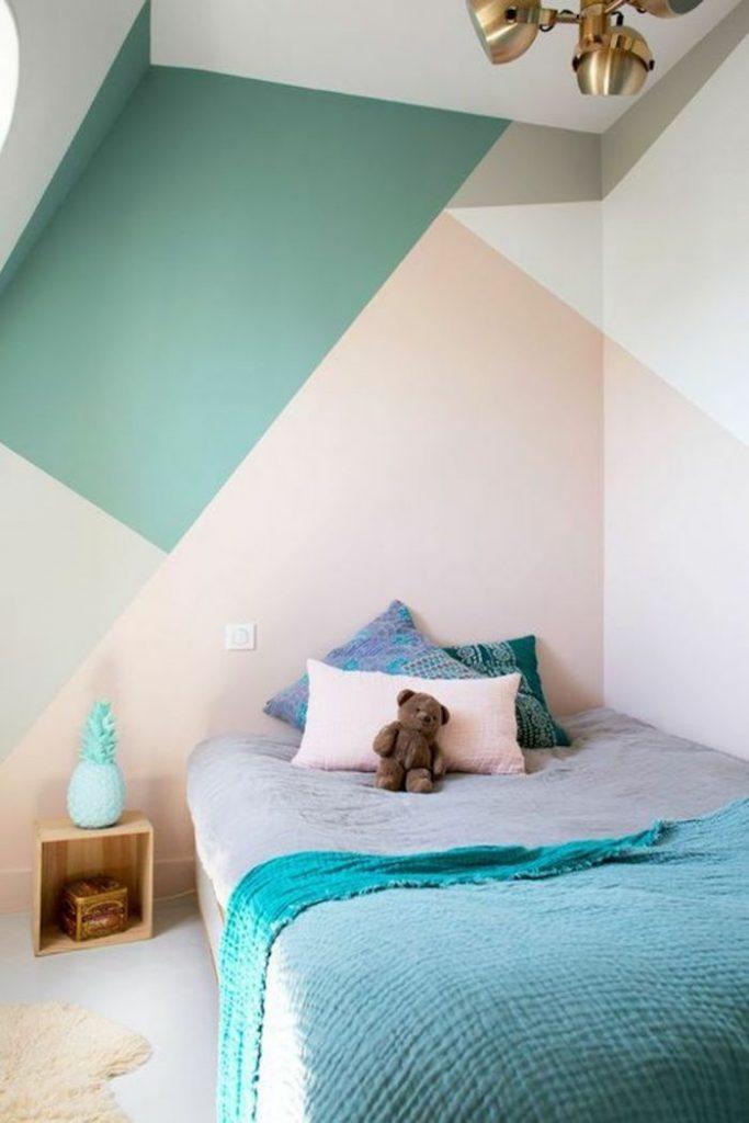graphique géométrique motif mur peinture rose vert gris chambre enfant