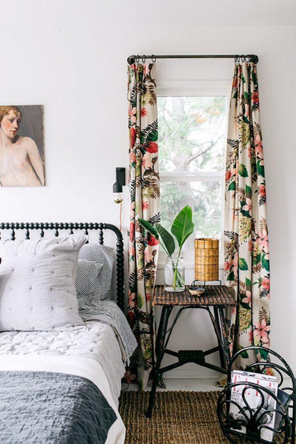 deco fleurie rideau motifs fleurs couleurs lit chambre printemps