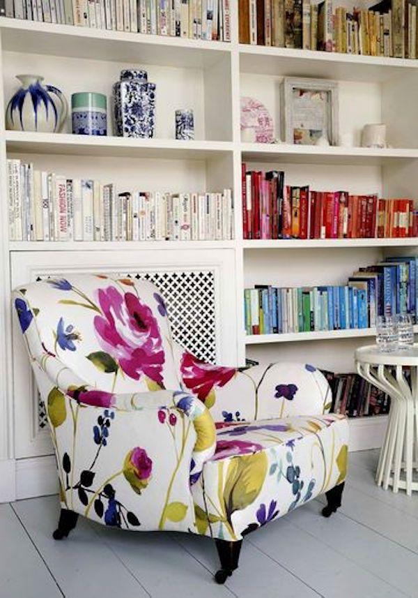 fauteuil deco fleurie graphisme vintage chic couleurs