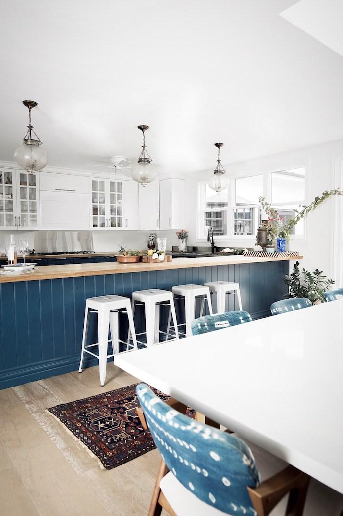 maison californienne cuisine blanc bleu vintage californie palm springs decoration deco