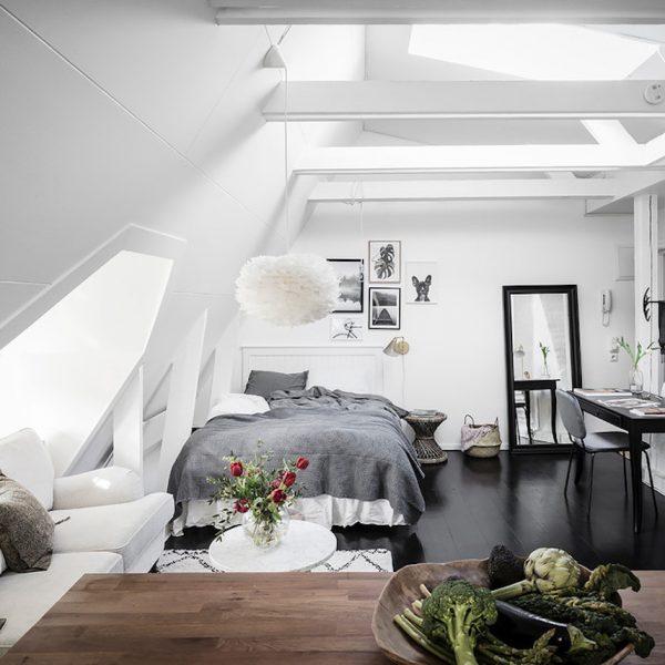 petit appartement blanc vue trois espaces