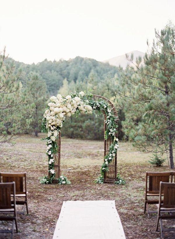arche deco ceremonie laique montagne nature bois foret arbre