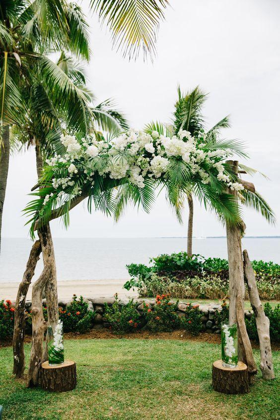 arche mariage diy nature deco ceremonie laique fleurs arbres