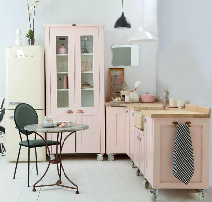 cuisine démontable amovible rose pastel smeg roulettes clem around the corner