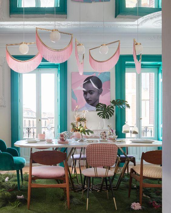 deco a frange salon rose turquoise bleu blog décoration intérieure