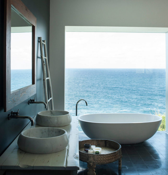 beach house salle de bain vue sur mer blog déco clem around the corner