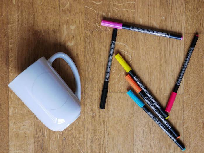 activite facile maitresse diy enfant mug personnalise