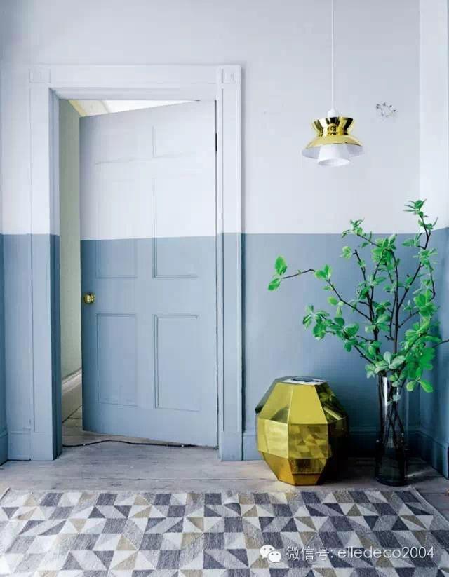 idee decorer une porte soubassement mur bicolore blog deco