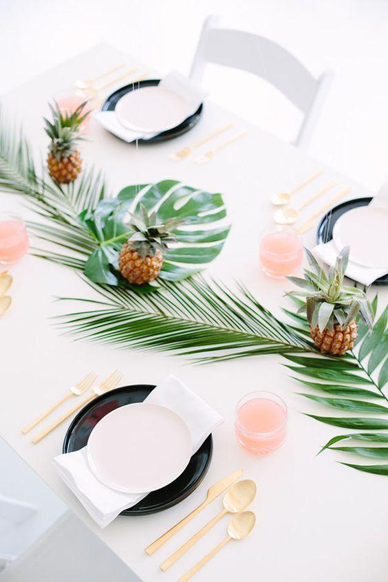 table mariage déco feuille de palmier blog clemaroundthecorner