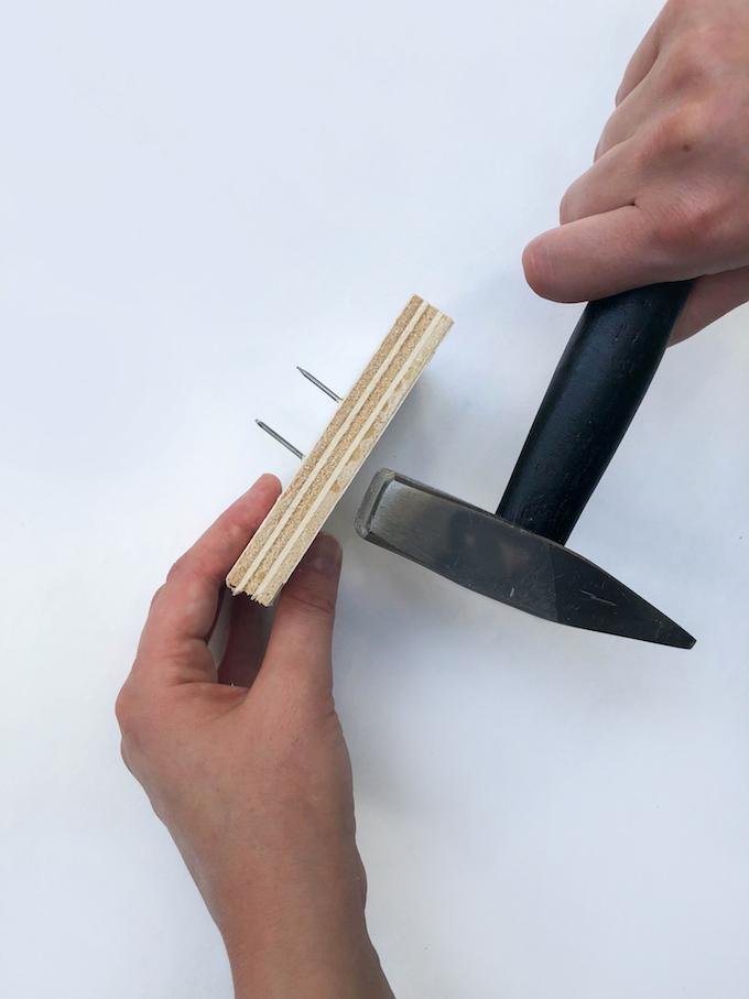 bricollage marteau clou contrecollé tutoriel