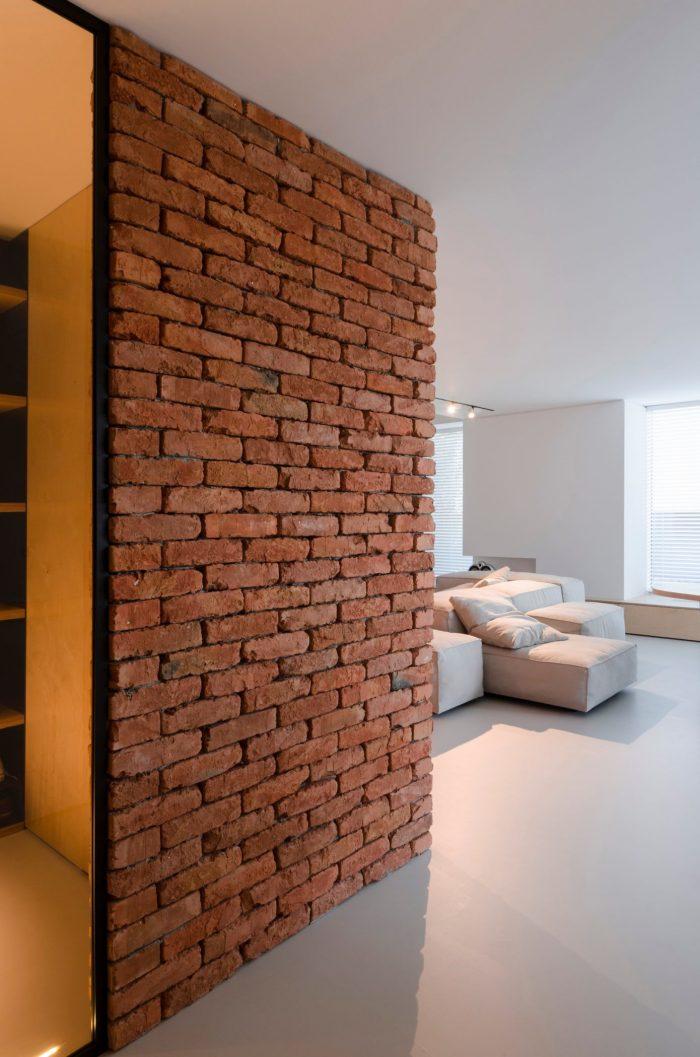 appartement esprit loft briques vue salon