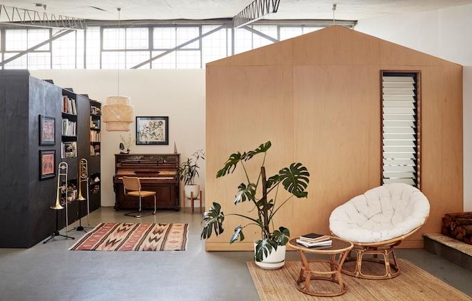 deco maison dans un loft bibliothèque sur-mesure integrée blog décoration deco maison dans un loft bibliothèque sur-mesure intégrée blog décoration clemaroundthecorner