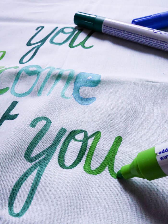 motivational quotes déco coussin housse taie oreiller diy feutres textile