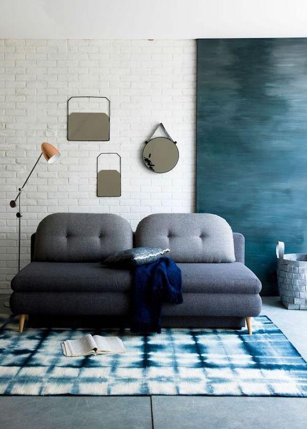 chambre dans salon canapé lit convertible deux places bleu nuit turquoise