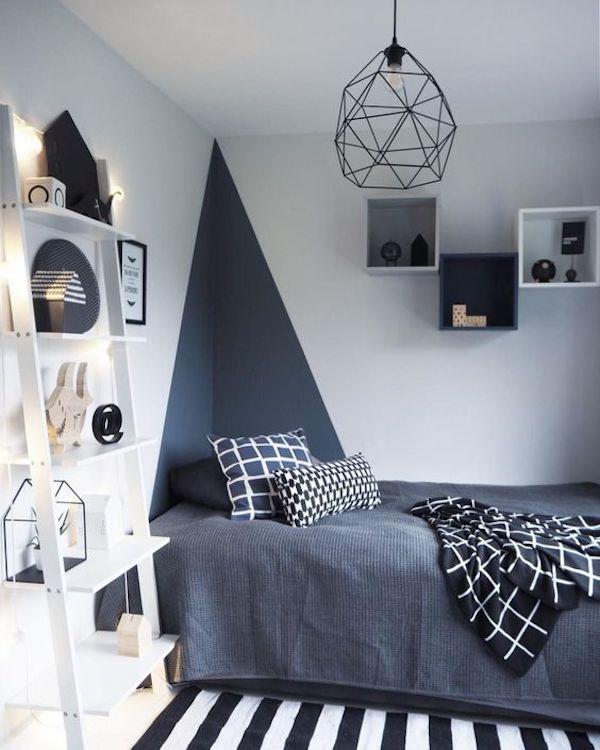 chambre dans salon decoration bleu marine lit