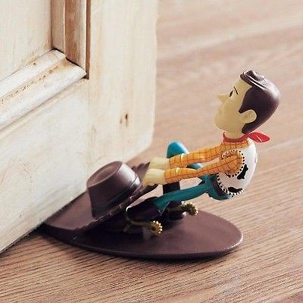 woody disney choisir cale porte amusant chambre enfant blog deco clemaroundthecorner