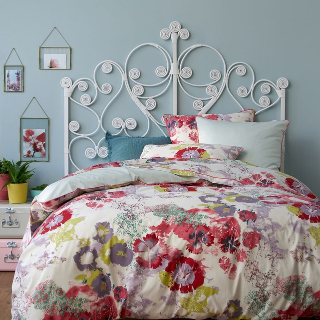 chambre retro 60s 70s lit arabesque blanc boho glamour housse de couette fleur aquarelle blog clem around the corner