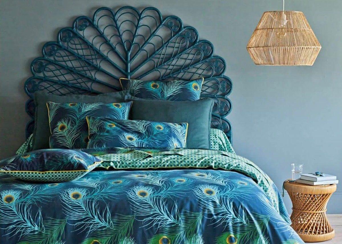 tête de lit en rotin vintage bleu canard blog deco clem around the corner