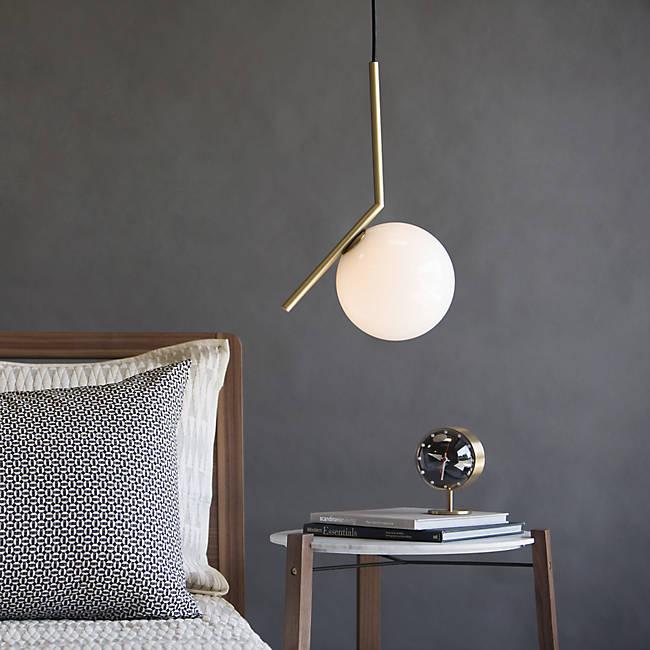 ic flos lampe de createur boule de verre tube laiton chambre chevet clemaroundthecorner