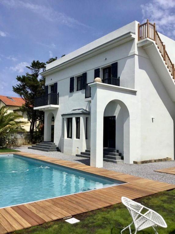 villa avec rooftop à Biarritz maison art déco architecture blog clemaroundthecorner