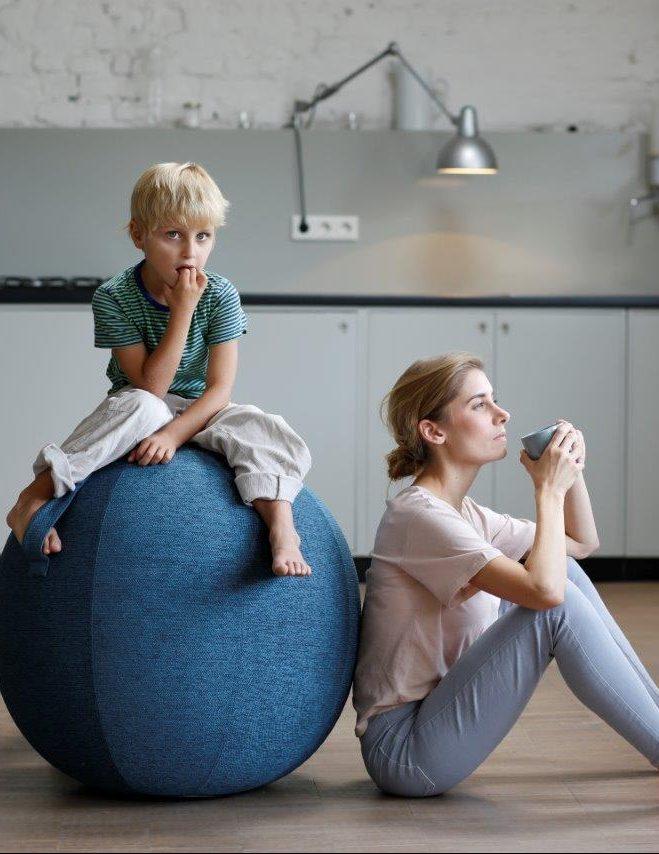 VLUV avis ballon siège fitball yoga design - blog déco - clem around the corner