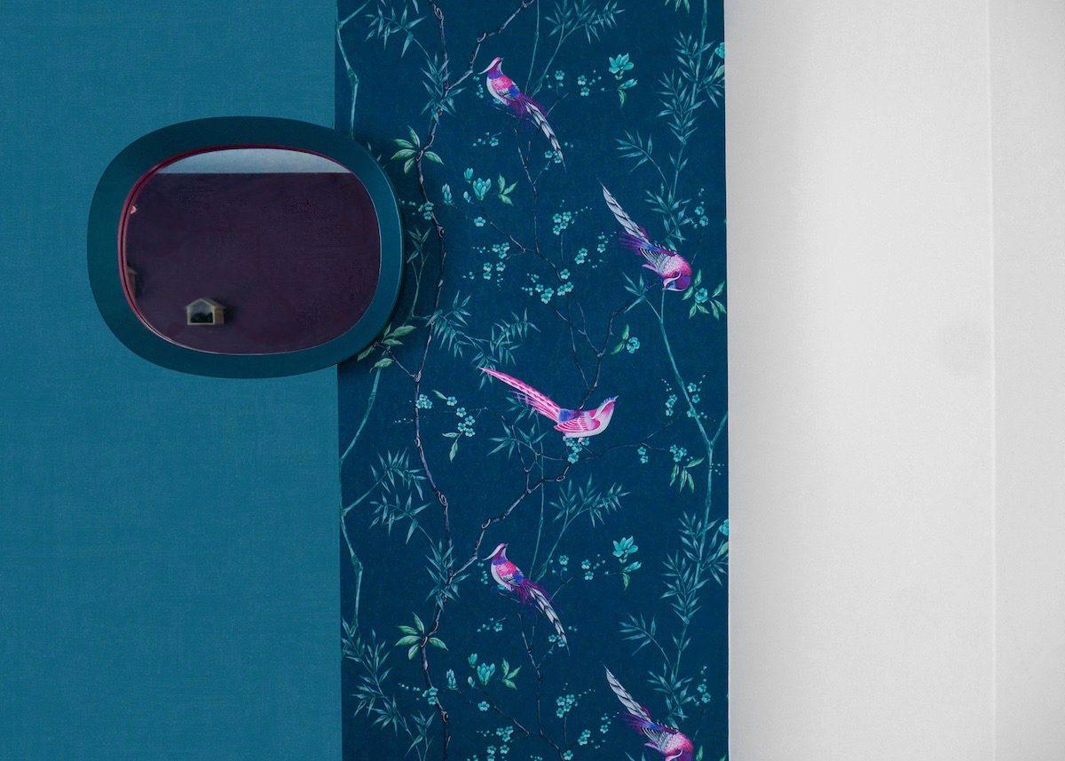 papier peint de l'année 2019 mur de couleur bleu canard peinture oiseaux papier japonisant décoration - clemaroundthecorner - blog déco
